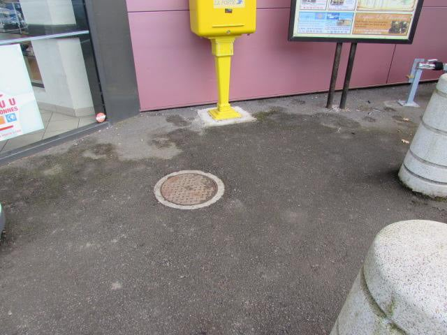 Nettoyage chewing-gum sur sol à Plogonnec (après)